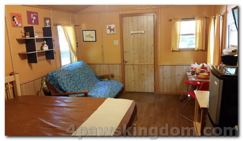 cabin-bella-living room.jpeg
